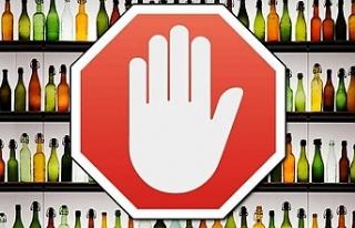 Güney Kıbrıs'ta alkol satış yaşı 17'den...