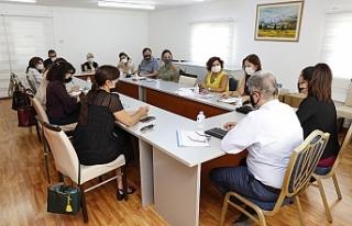 Komitenin Kıbrıslı Türk üyeleri değerlendirme...