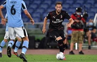 Milan'dan şampiyonluk mücadelesi veren Lazio'ya...