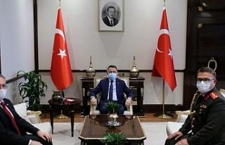 """Oktay: """"Kıbrıs,Türkiye'nin milli davasıdır"""""""