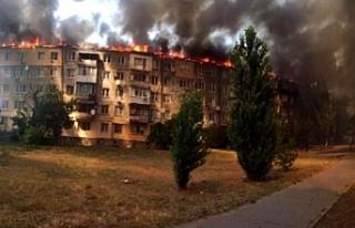 Ukrayna'da eşiyle tartışan adam binayı ateşe...