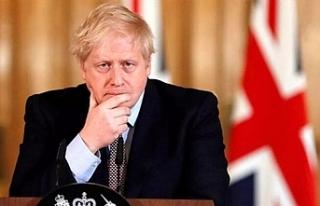 Vaka sayısı artan İngiltere'de Johnson'dan...