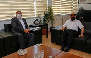 Atun, Gazimağusa Belediye Başkanı İsmail Arter'i...