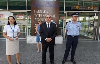 Güney Kıbrıs havaalanlarında yolcu yığılmasını...