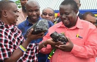 Tanzanyalı madenci ikinci kez milyon dolarlık taş...