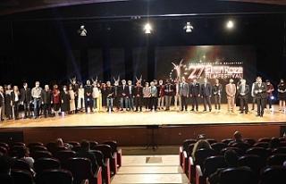 Altın Koza'da en iyi film Ercan Kesal imzalı...