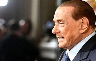Eski İtalya Başbakanı Berlusconi, koronavirüse...