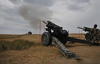 Mevlevi'de topçu atışı