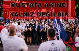 """""""Mustafa Akıncı yalnız değildir"""""""