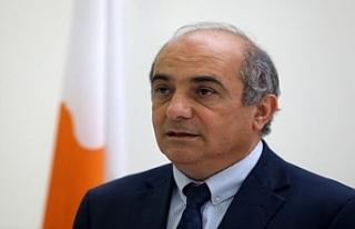 Rum Meclis Başkanı istifa etti