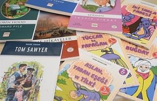 Şehit İlker Karter İlkokulu'na 128 kitap bağışlandı