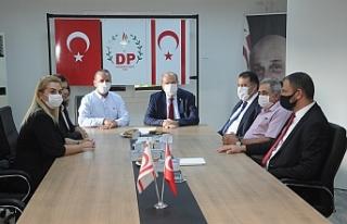 Tatar, Demokrat Parti'yi ziyaret etti