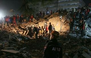 9 binada arama kurtarma çalışmaları devam ediyor