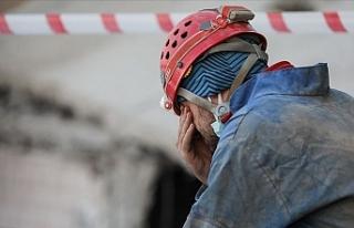 Arama kurtarma görevlisi gözyaşlarına hakim olamadı