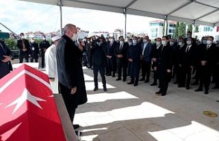 Eski başbakanlardan Mesut Yılmaz son yolculuğuna...
