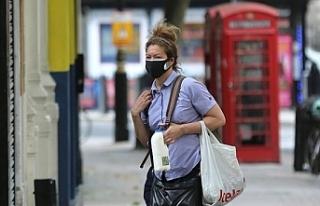 İngiltere'de koronavirüsle mücadelede karantina...