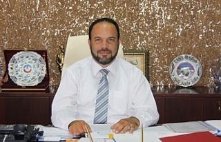 İskele Belediye Başkanı Hasan Sadıkoğlu peşkeş...