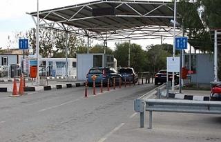 Sınır kapılarının durumu Rum basınında