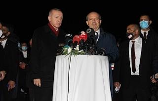 """Tatar: """"Bu adımı insanlık için attık"""""""