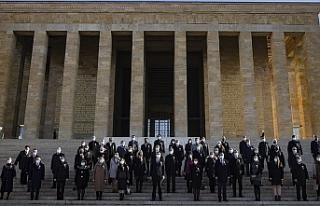 Türkiye'de 81 ilden gelen öğretmenler Anıtkabir'de