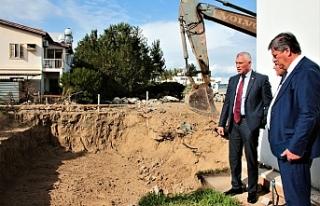 Amcaoğlu, Tiyatro Binası inşaatını inceledi