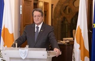"""Anastasiadis: """"Türkiye faaliyetlerini sonlandırması..."""