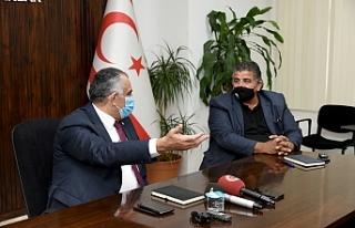 """Çavuşoğlu: """"Siyasetten vazgeçerim, üretimden..."""