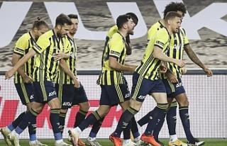 Fenerbahçe Medipol Başakşehir maçında 5 gol