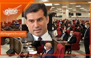 Hüseyin Özgürgün'ün istifası Meclis'te...