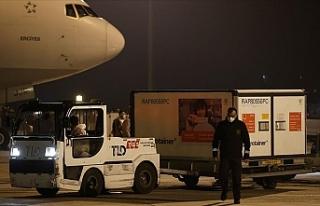 Kovid-19 aşıları Türkiye'ye geldi