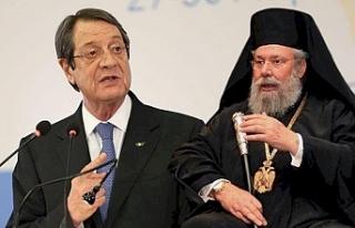 "Rum Başpiskopos: "" Anastasiadis bana iki devletli..."