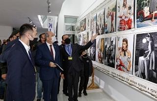 Tatar, fotoğraf sergisinin açılışını gerçekleştirdi