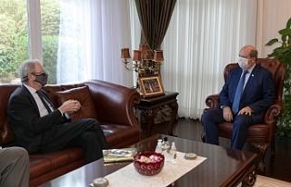 Tatar, İsveç'in Lefkoşa Büyükelçisi'ni...