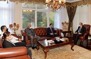 Tatar, Kızılay heyeti ile görüştü