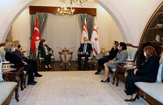 Tatar, Welcome to Turkish Cyprus Club üyelerini kabul...