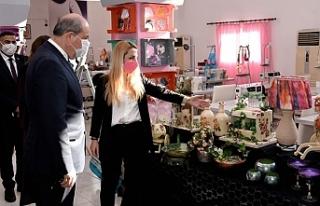 Tatar, ZAYDER sergisini ziyaret etti