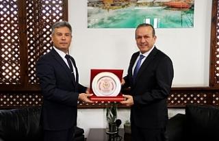 Ataoğlu, Sivil Savunma Teşkilatı Başkanı Karakoç'u...