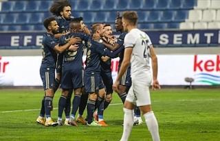Fenerbahçe 3 puana 3 golle uzandı
