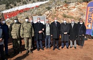 Tatar, bayrağının yeniden boyanması çalışmalarını...