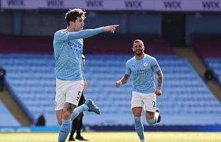 Manchester City Premier Lig'de peş peşe 14....