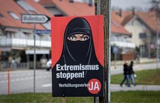 İsviçre'de referandumla ibadet yerleri hariç...