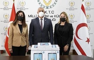 Kuzey Kıbrıs Turkcell çalışanlarından eğitime...