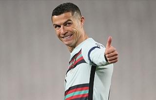 Ronaldo Portekiz Milli Takımı'nın kaptanı...