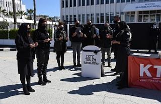 """Seyahat Acentelerinden Başbakanlık önünde """"helvalı""""..."""