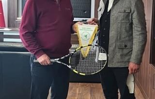 Tenis Federasyonundan Arıklı'ya ziyaret
