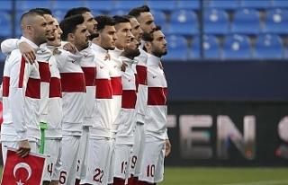 Türkiye-Letonya maçına seyirci kararı iptal edildi