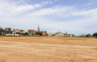 Tuzla'ya futbol sahası yapılıyor