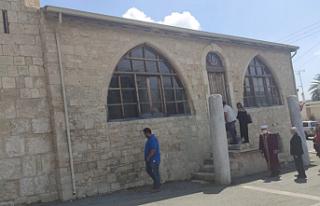 Atalay, saldırıya uğrayan Piskobu köyündeki camiiyi...