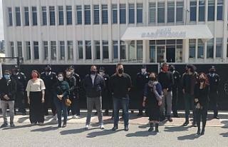 Derneklerden Başbakanlık önünde engel