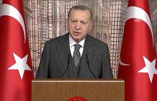 """Erdoğan: """"Kovid-19'un üstesinden hep birlikte..."""